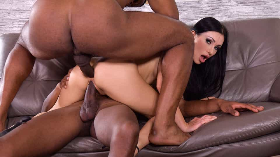 Blue-Eyed Babe Sasha Rose Gets Both Her Drains Scoured Out by Well-Endowed Black Plumbers