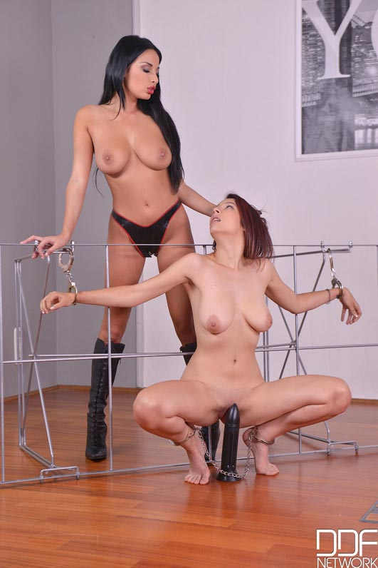 Lesbian Double Oral Rimming