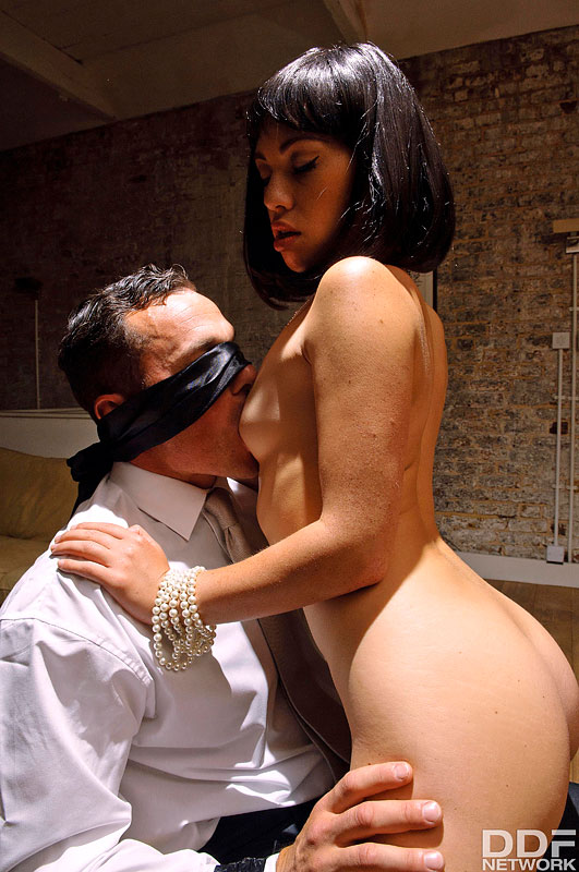 Late Night Fetish Fuck: Dominant Milf Blindfolds Husband #5