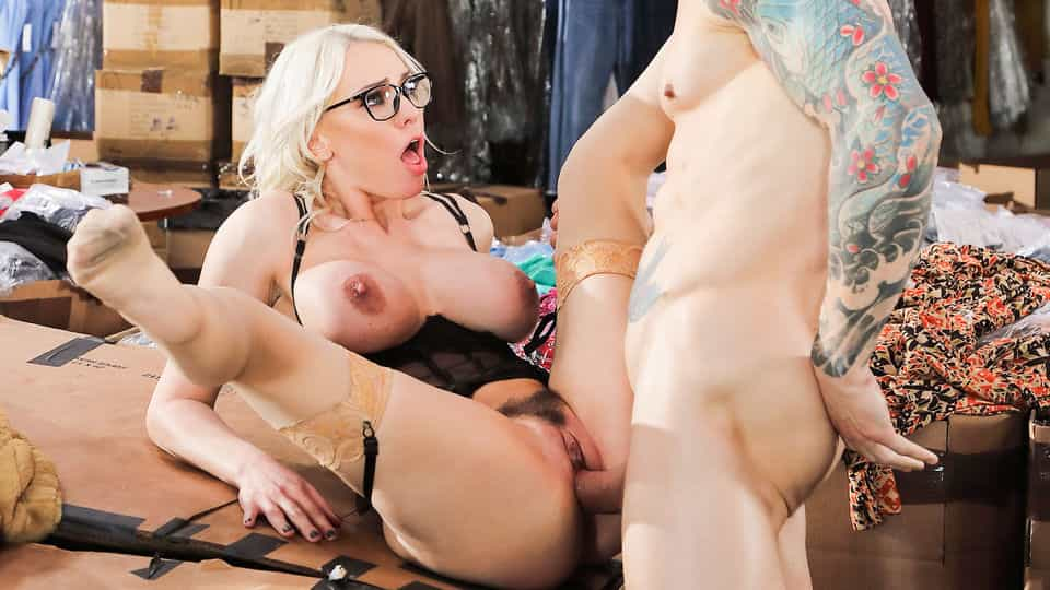 Seductive Milf Nails Client