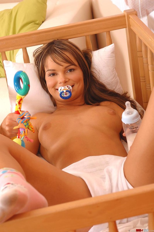 Chicks Being Silly Part 1 Video With Veronica Carso -4560