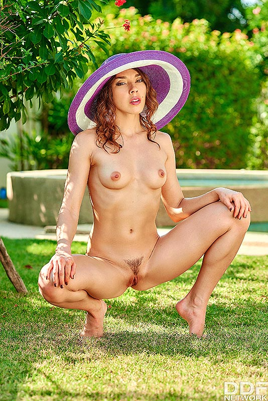 Solo Garden Seduction: Mistress Reveals her Trimmed Pussy #8