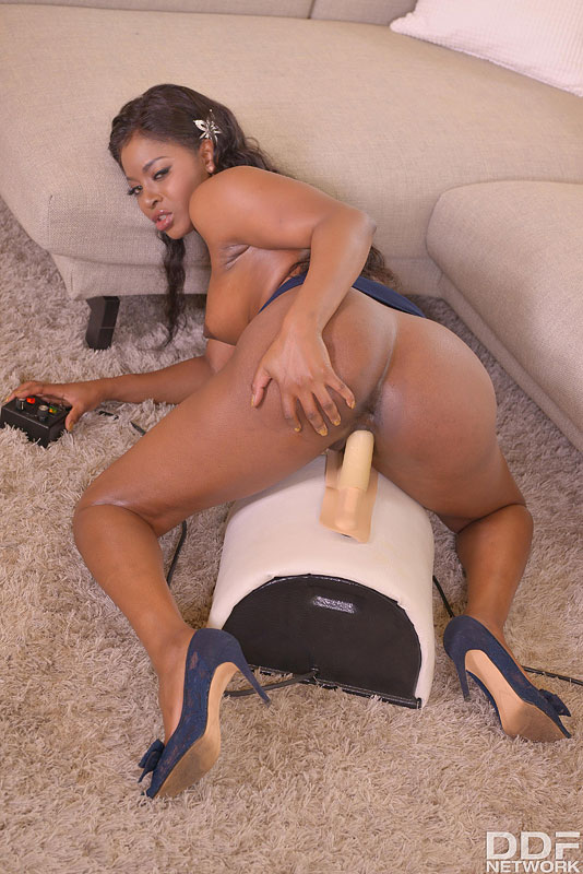 Sybian Bang: Seductive Milf's Juicy Joyride #12