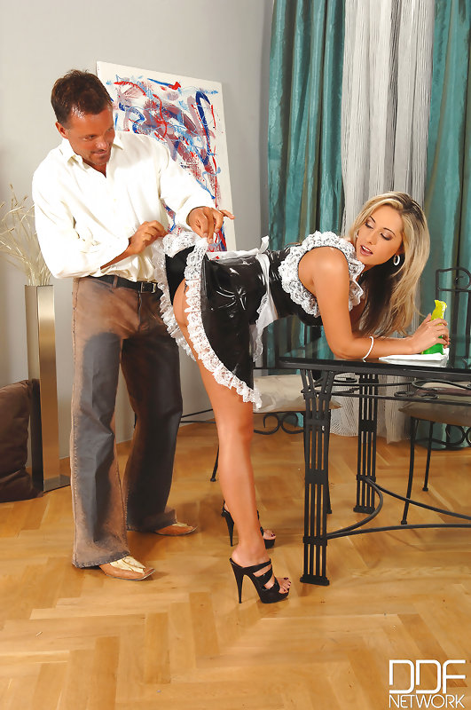 Daria glower french maid have