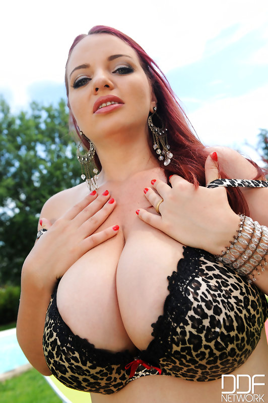 joanna-bliss-video-big-tits