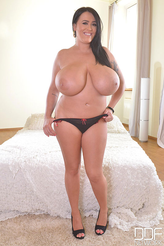 Fists On Tits: Voluptuous British Bombshell Reveals Her Giant Tits #11