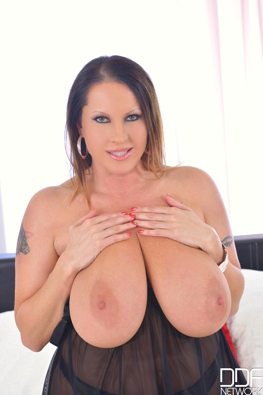 Busty Pornstar Good Morning #8