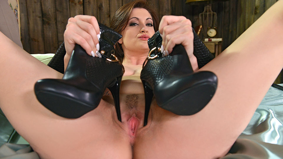 Watch the foxes of foot fetish porn full picture online free