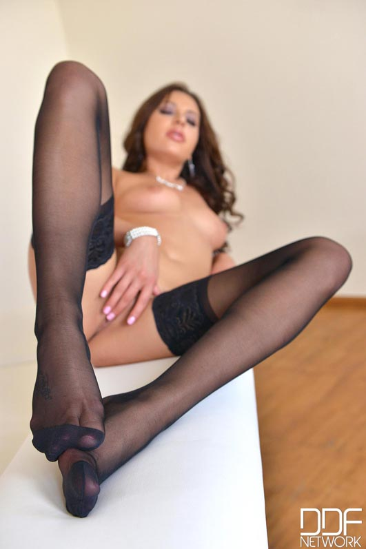 Russian Nylon Stocking Girl Teases With Sheer Soles Video -4679