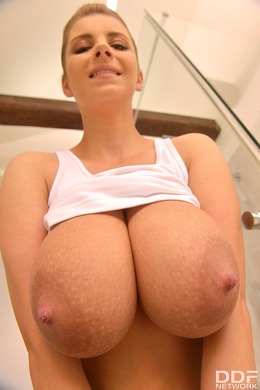 Busty Superstar Squirts Milk from Her Glorious Natural Tits #4