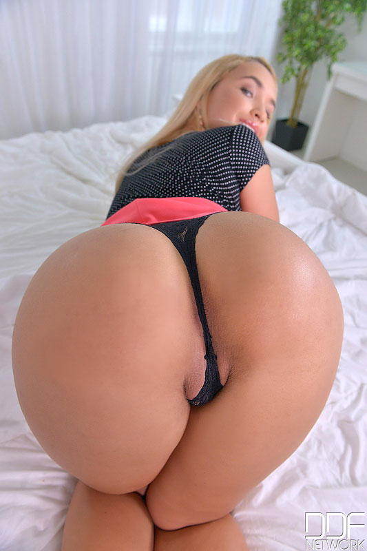 Butt with a Bounce - Curvy Russian Shows Off Her Ass-ets #5