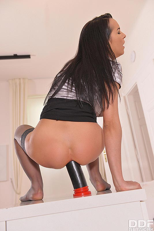 Butt Bang Marvel: Solo Latina Milf's Huge Toy Fuck #10