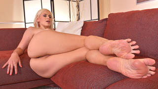Straight Outta Heaven: Hot Leggy Milf Licks Her Tasty Toes