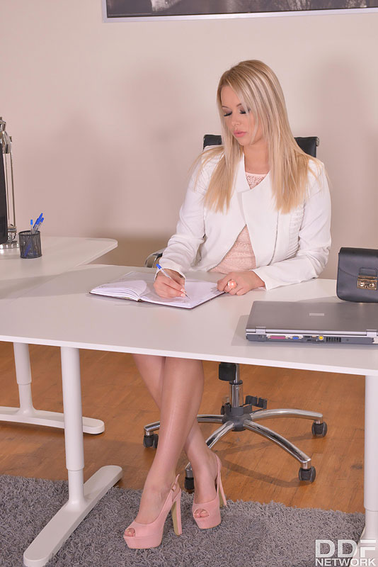 Hot & Bothered Boss: Pussy Probing Around the Office #2