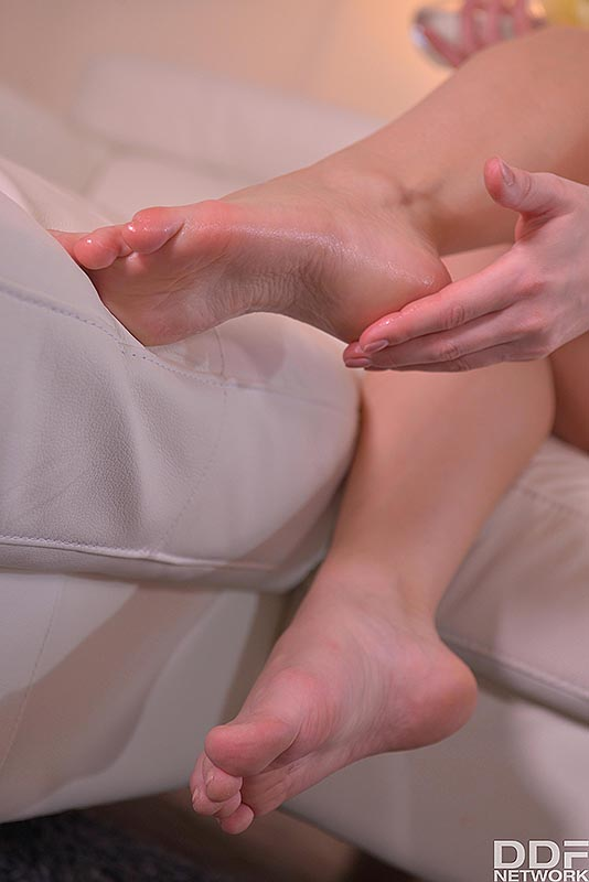 Wonder Woman's Feet: Hungarian Model Squeezes Natural Tits #9