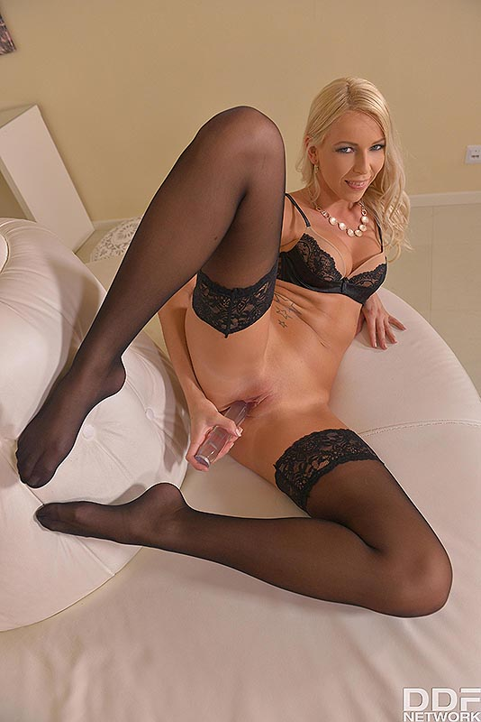 Randy Looks & Lustful Moans: Flexible Blonde Masturbates #11