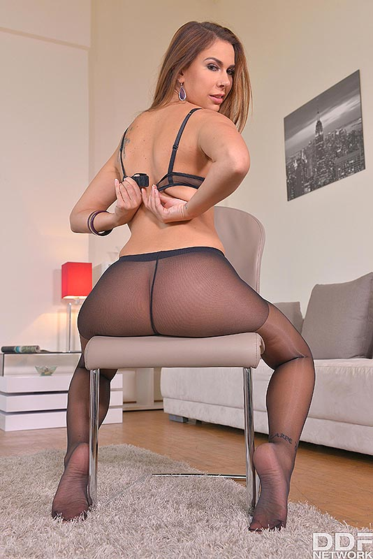 Legs To Die For: Russian Bombshell Loves Shoe Play #7