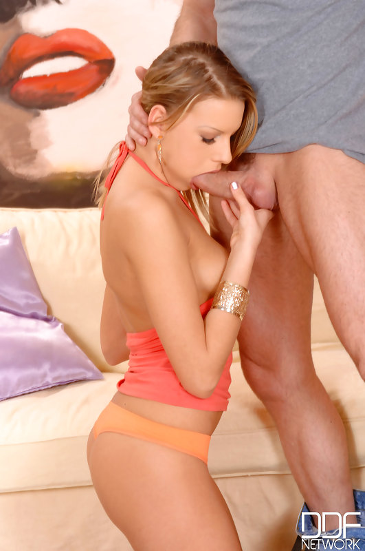 Young babe's deepthroat blowjob #7