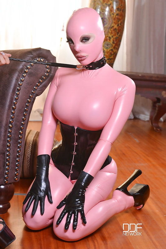 Tight sex skin latex