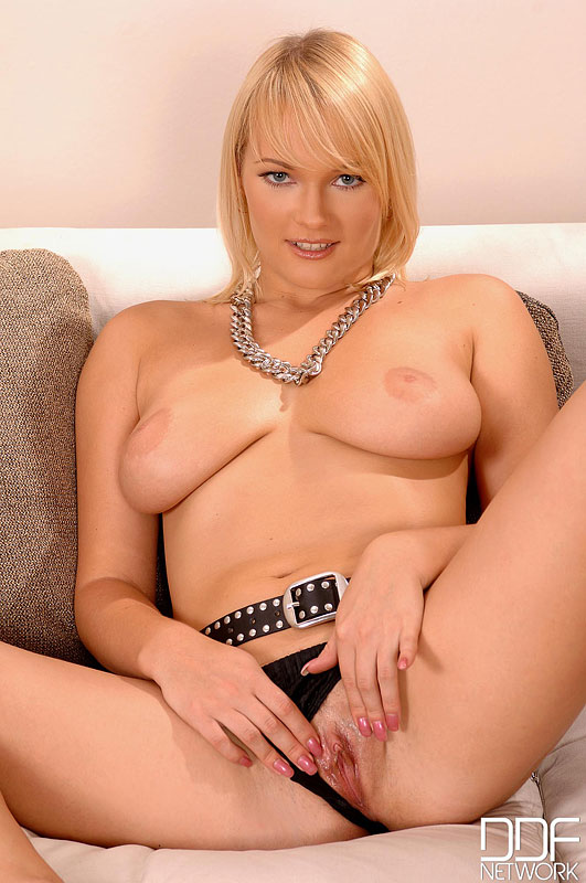 Edgy Ukranian Babe Fingers Herself Perfectly To Extreme Pleasure  #12