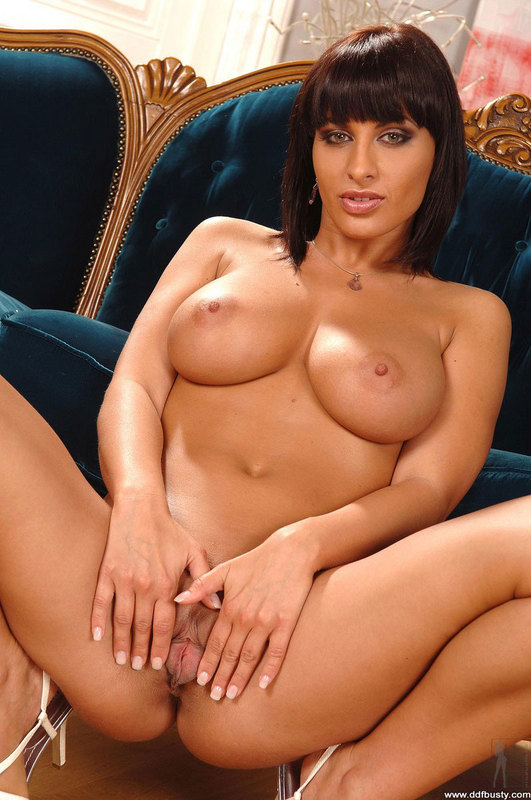 Thick indian girls naked — img 4