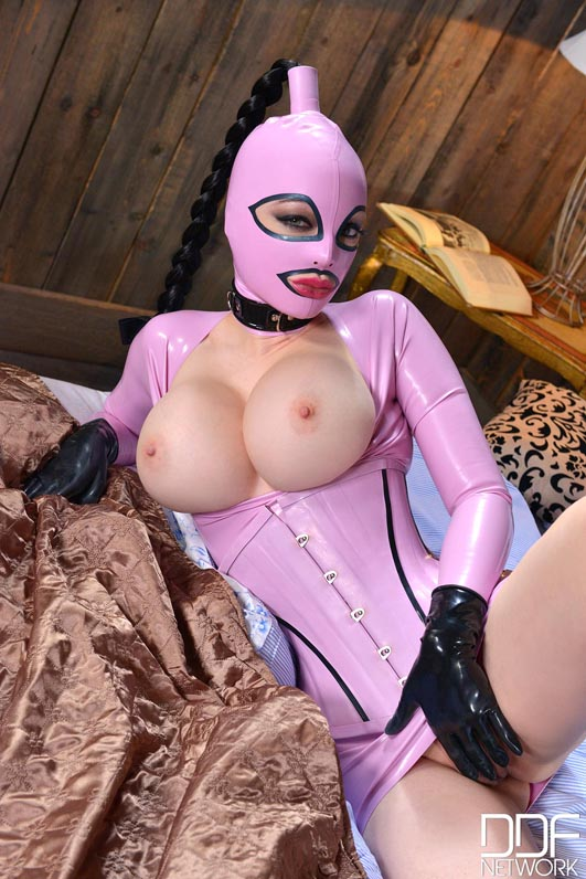 Latex Lucy Naked Erotic For Wooinglatex Gets Taken Out Of Her Box And Tiava 1