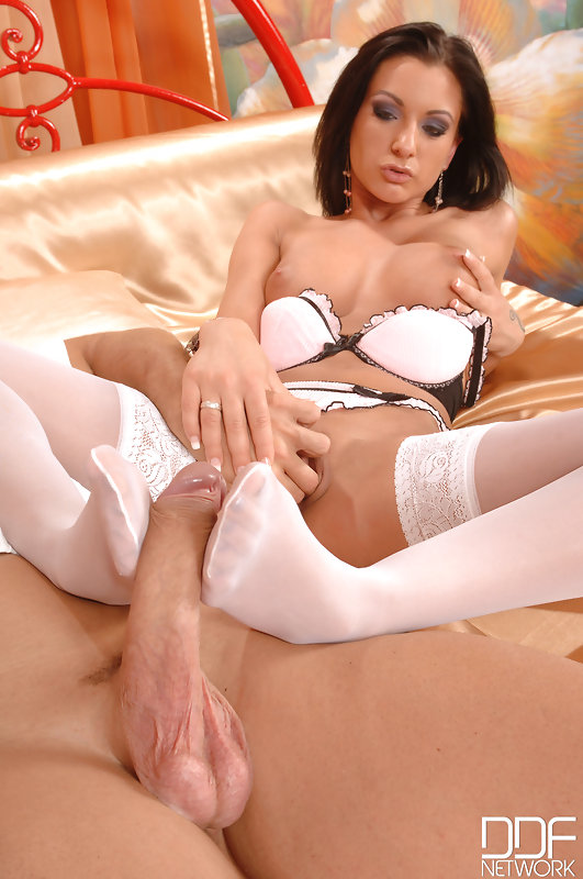 can not recollect. a dinner and a shower before anal with anissa kate really. And