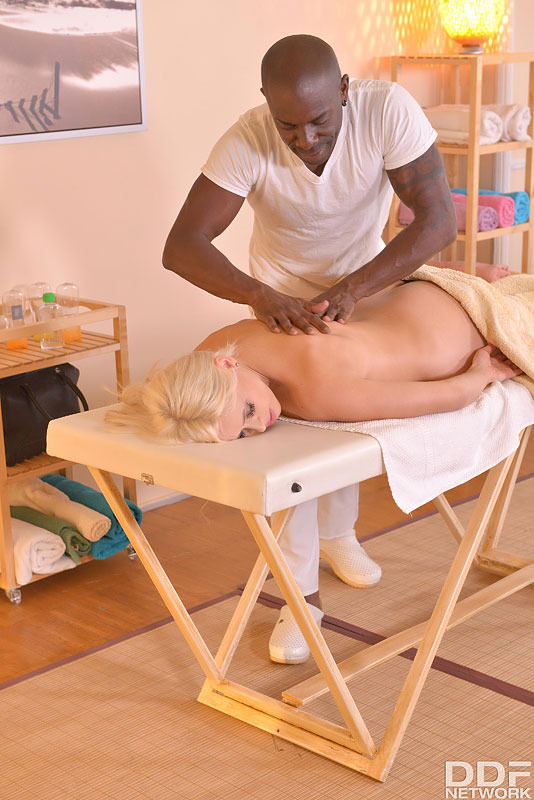 Massage Therapist Fucks Hot Client #5