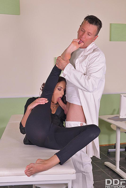 Fuck My Feet: Leggy Patient Gets Laid On Examination Table #4