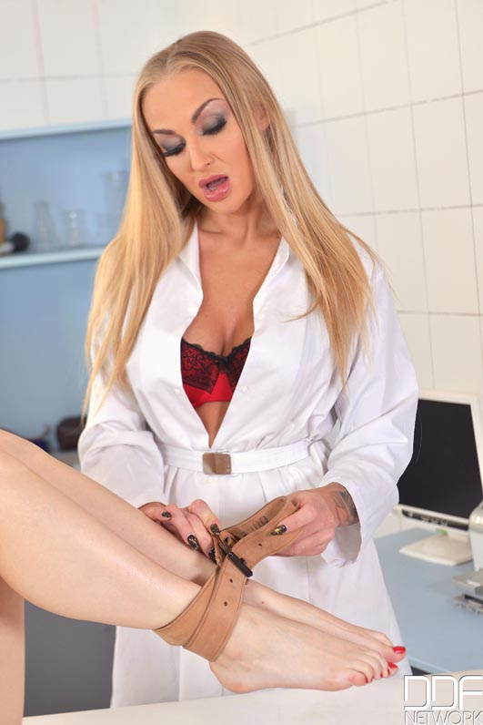 Porn doctor female