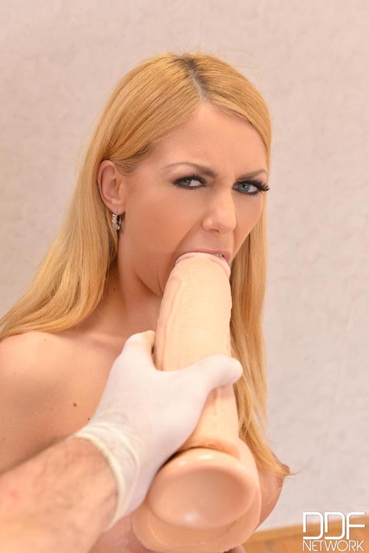 Nude Submissive Russian Babe Gives Herself Ass Fisting #8