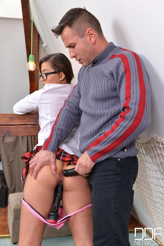 Vag Pee Pie - Young Teen Gets A Lesson In Ass Fucking #9