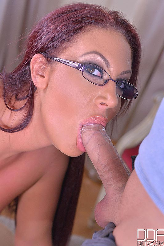 Big Tits And A Deep Throat: Cock Sucking Helps Horny Stud! #8