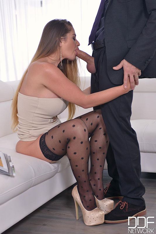 Curvy Chick Gets Fucked Hard In Her Ass By Bodyguard #7