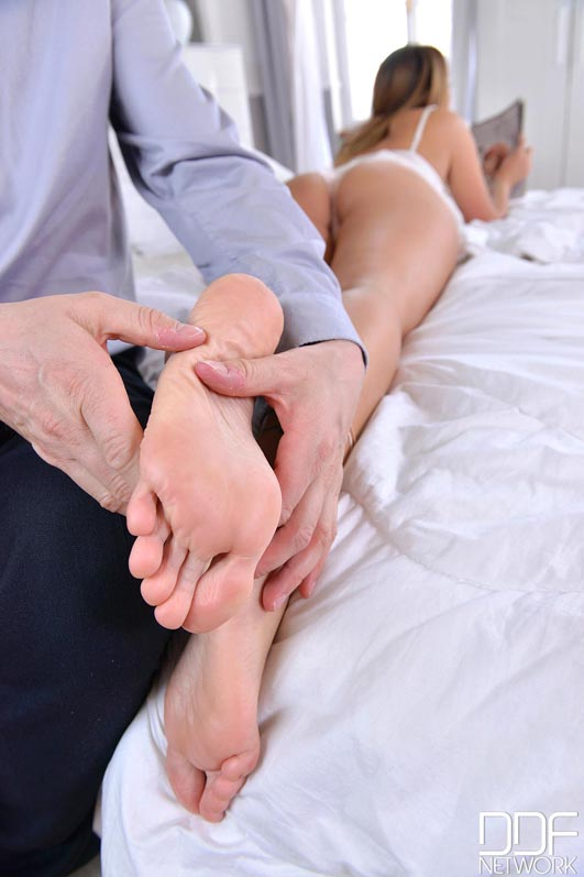 After Ass Fucking, Her Soles Stroke Cock to Foot Fetish Orgasm #2