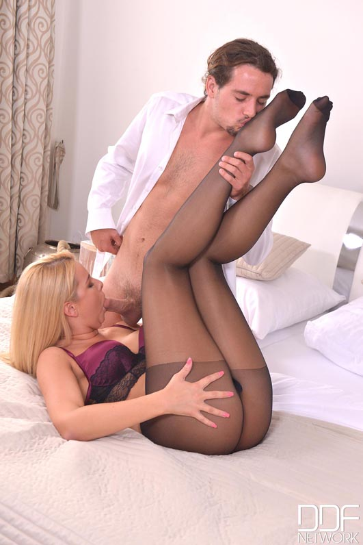 Nylon footjob blonde