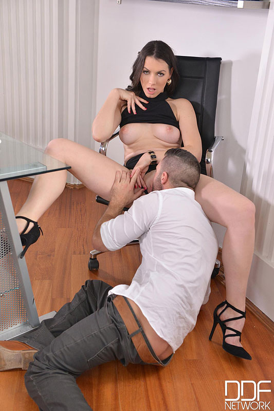 Sarah, Cum In: Super Hot Babe Eases Everyday Office Life #7