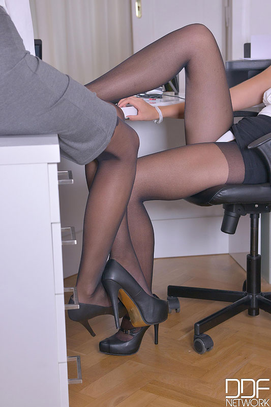 Sensual Sensation During Office Hours - Foot Fetish At Its Finest #3