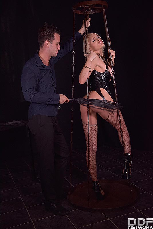 Latex Lover in Chains #4
