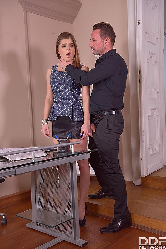 Submissive Secretary's Anal Duty #1