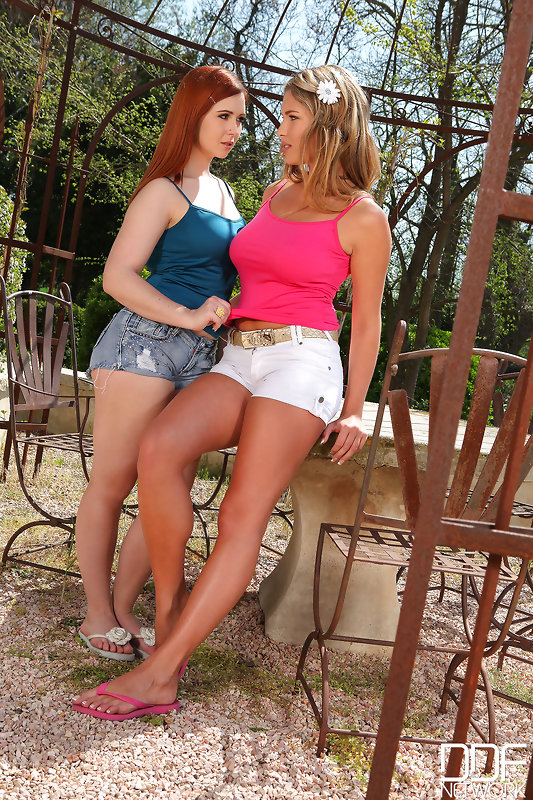 Angell Summers French Lesbian