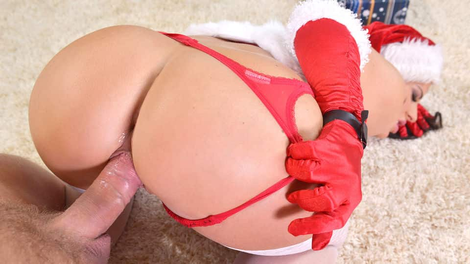 Mrs. Santa Goes Balls Deep