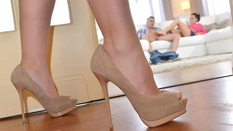 Sexually Open - Step mom shares Foot Fetish Secrets