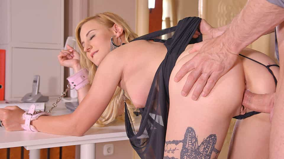 Damn Hot Submissive: Blonde Babe Ass Fucked in Handcuffs